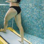 膝痛は水中ウォーキングが問題